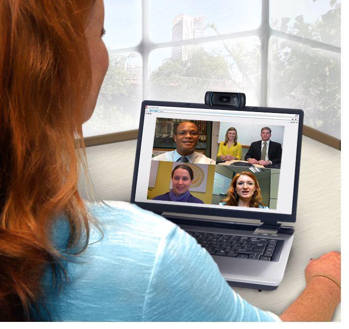 lifesize-uvc-video-engine-microsoft-lync-laptop