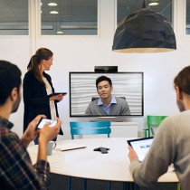 Polycom RealPresence Debut in Use in meeting room