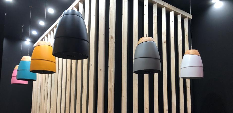 SN8-Speakers-hanging